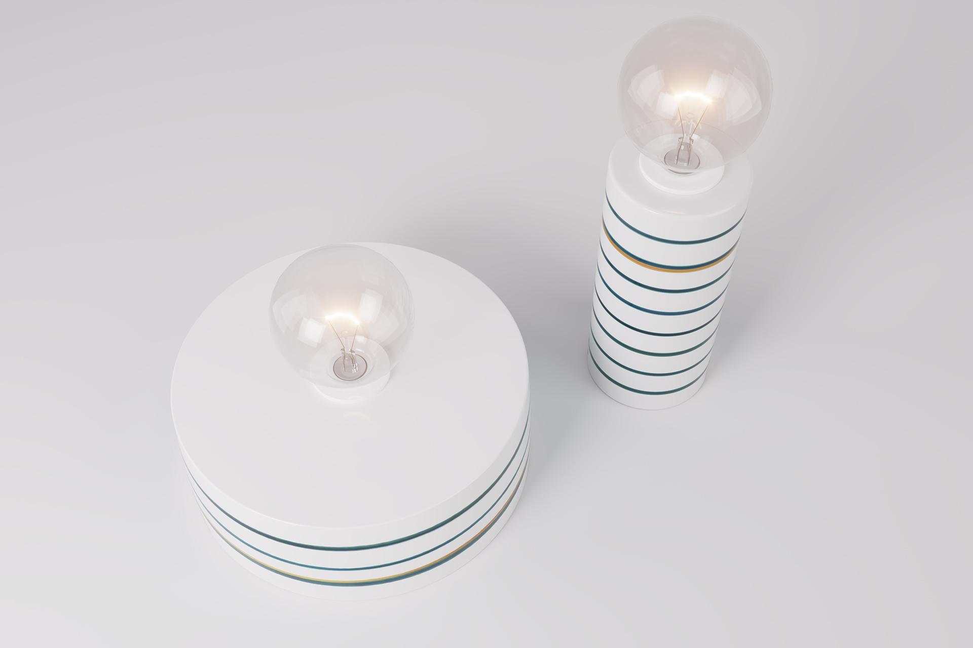 Deauville, coppia di lampade da tavolo in ceramica modellate artigianalmente e dipinte a mano.